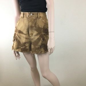 Vintage LEE High Waist Custom Denim Cut Off Shorts